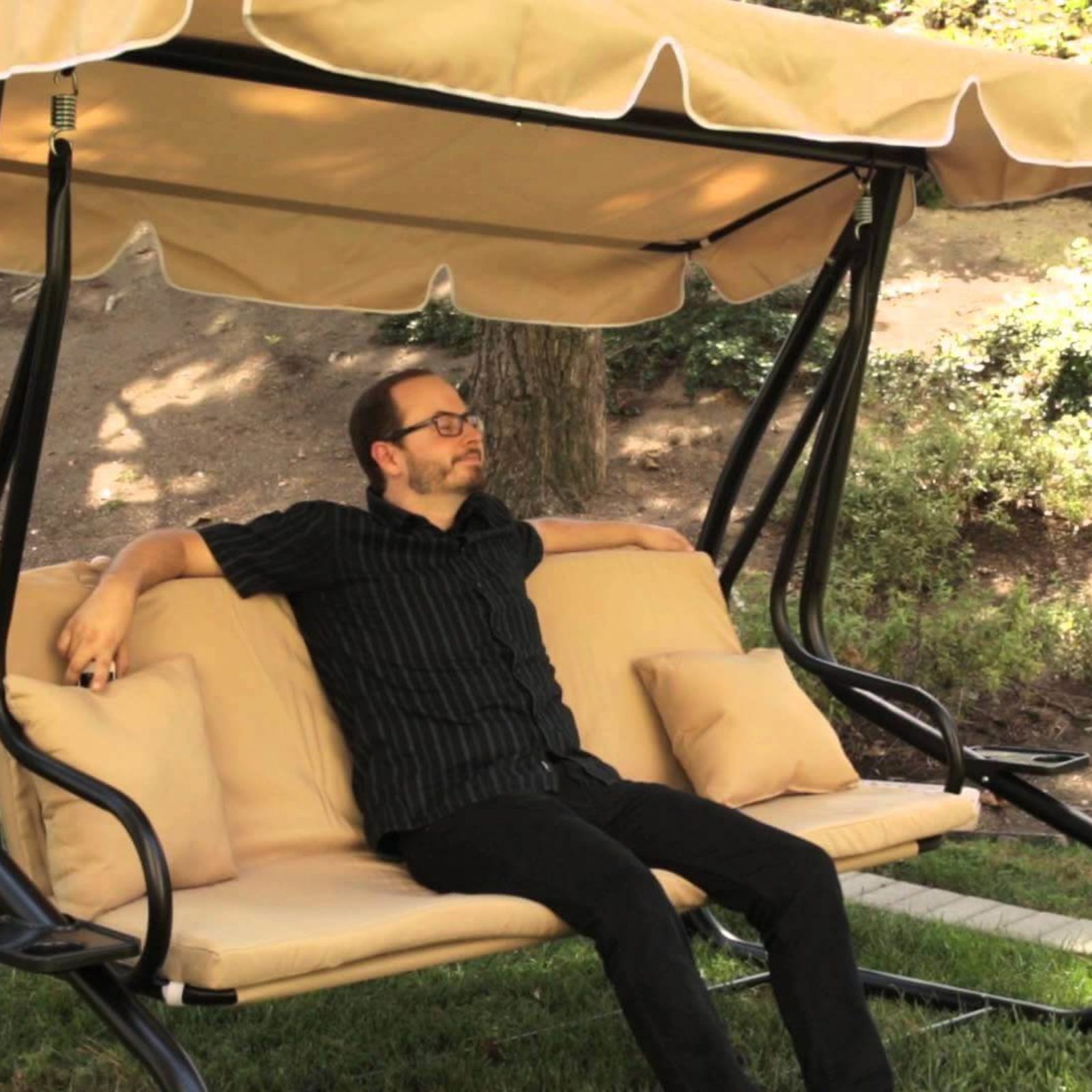 Outsunny Covered Outdoor Porch Swing Review